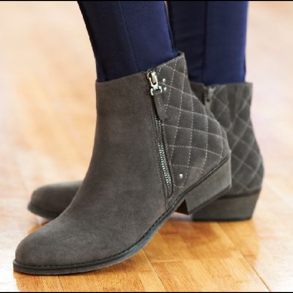 White Mountain Gray Suede Jodi Ankle